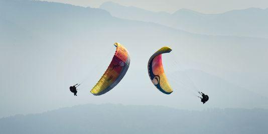 1764761_3_df21_parapente-acrobatique_b52b800e1efad800c962ede770ddd9cb